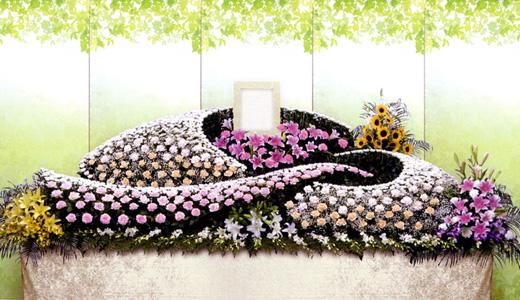 はるかの家族葬「祈(いのり)プラン」生花祭壇/幅3.6m(3段)