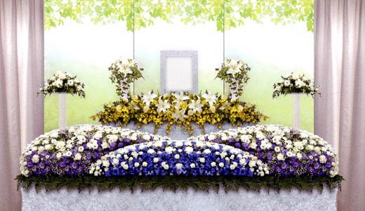 はるかの家族葬「希(のぞみ)プラン」生花祭壇/幅3.0m(2段)